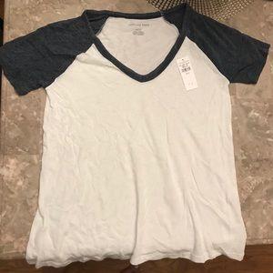 American eagle 🦅 raglan tee shirt